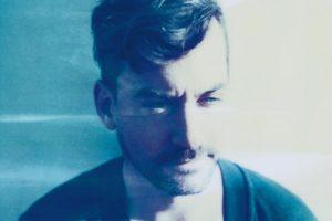 Bonobo – Break Apart (feat. Rhye)